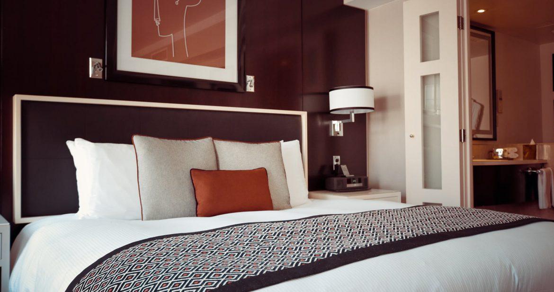 Pæn Billig dobbeltseng – gode råd til at finde en billig seng til to BL49