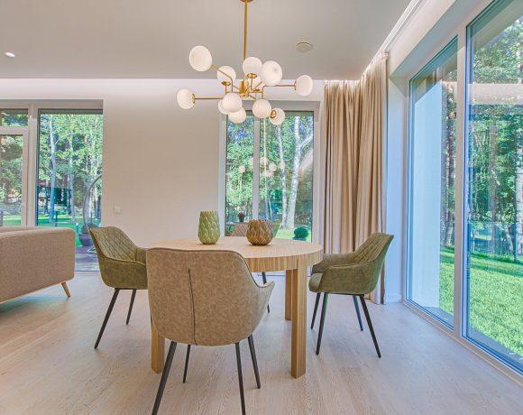 Møbler til hjemmet – Borde, Stole, Sofaer, Skabe og alle andre tænkelige møbler